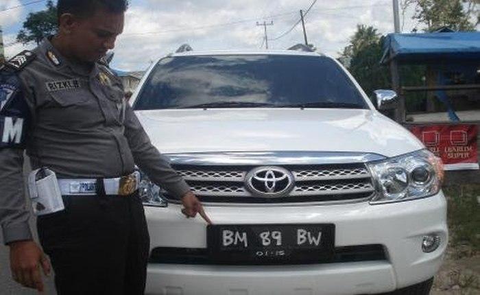 Read more about the article Denda Modifikasi Nomor Kendaraan TNKB 500 Ribu