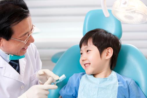 Cara Mencegah Karies Gigi Anak