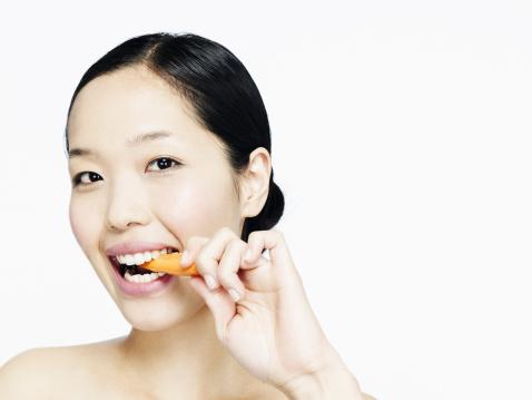 Tips Makanan Melawan Radikal Bebas