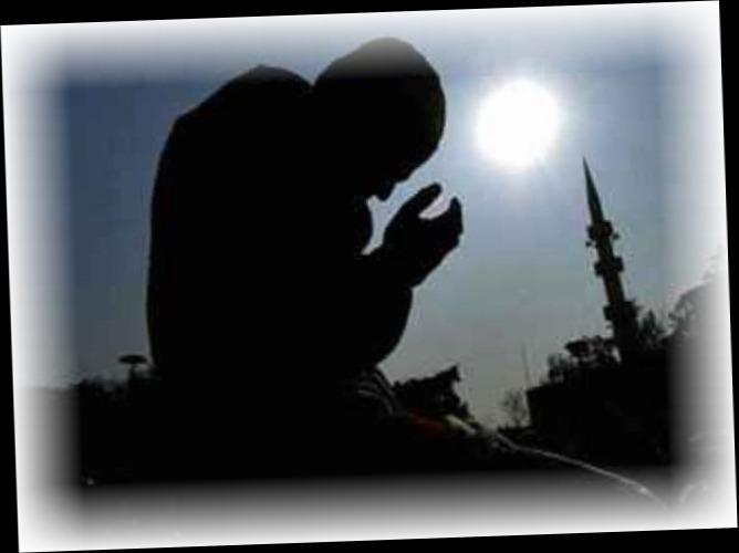 Keutamaan Zikir dan Berdoa Menangis Karena Allah