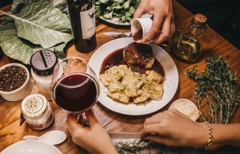 Fatwa Haram Makanan Tercampur Wine dan Rum